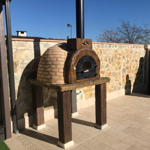 Traditional CLAY wood fired oven — ROSA — Wood Effect front
