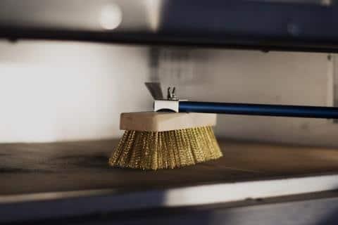 Gi metal AZZURRA Rotating head oven brush with brass bristles 150cm